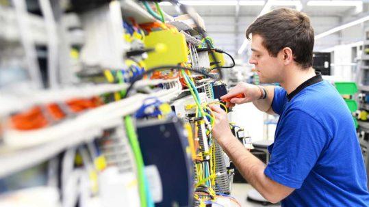 Regionales Stellenangebot für einen Job als Elektroniker in Hagen